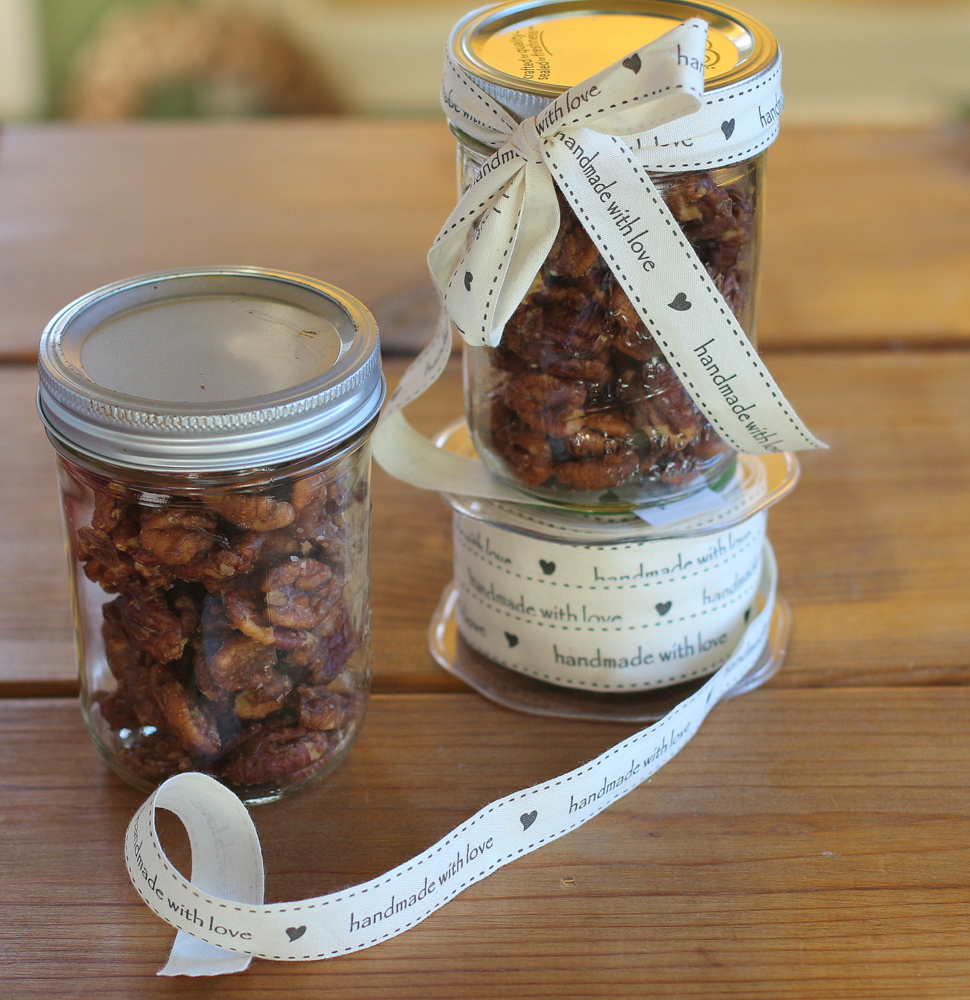 Slow Cooker Spiced Pecans
