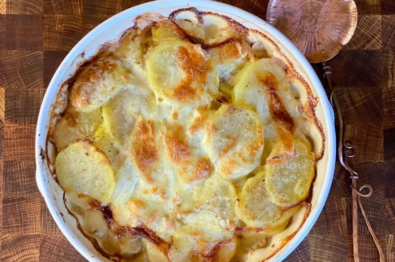 Tartiflette (Potato, Onion and Bacon Gratin)